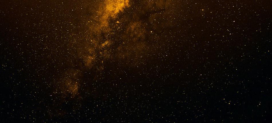 08_UTWORY__Rae ARMANTROUT__Ciemna materia (2)