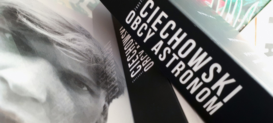 11_KSIAZKI__Grzegorz CIECHOWSKI__Obcy astronom