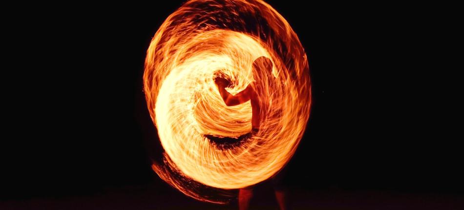 10_UTWORY__Krzysztof_SCHODOWSKI_szerszenie i ogień