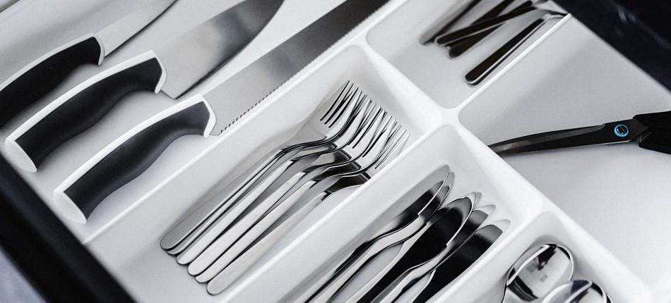 09_UTWORY__Asja BAKIĆ__Tępe noże