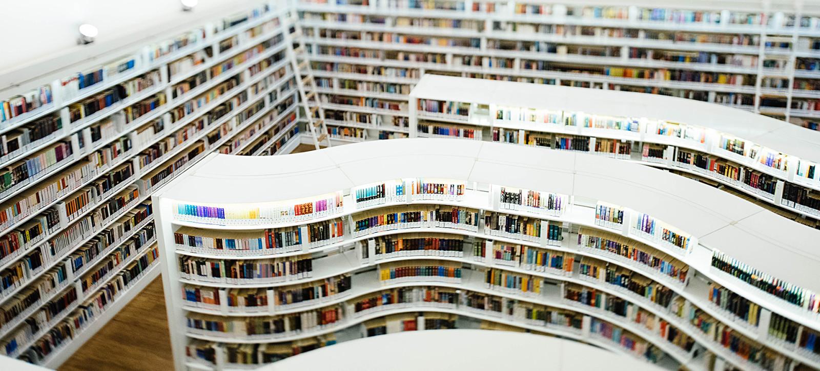 15_DEBATY__Biblioteka z poezja_08