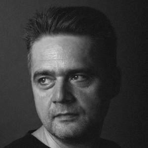 Artur BURSZTA__biogram